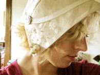 Vintage_style_wedding_hat_-_laurabellk_thumb