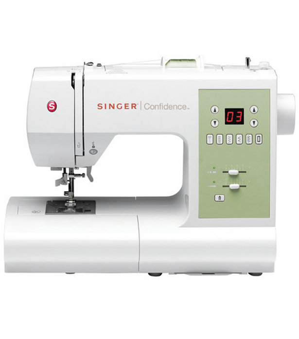 Singer_sewing_machine_large