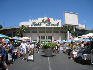 Rosebowlfleamarket_medium