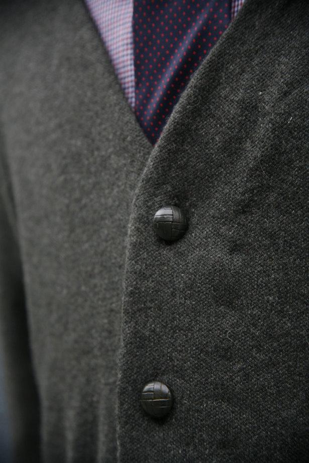 6030guysweater1_large