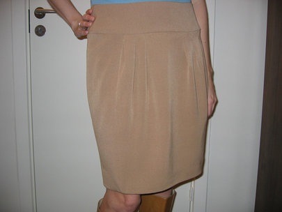 Annetteb_skirt_front_small_hor