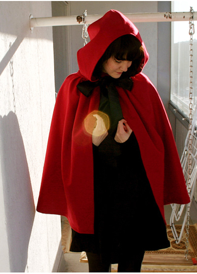 Little_red_riding_hood__-_maryy_fullscreen
