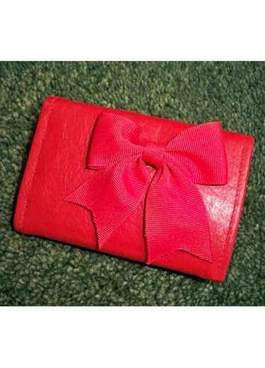 Red_leather_purse_-_lizzie225_small_ver
