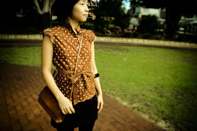 Polka_dot_blouse_jj_without_ruffle_-_sunnie_fullscreen