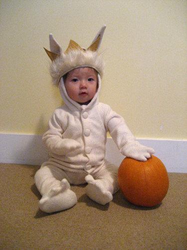 -little_l_s_first_halloween-_-_lunatepetal_small_ver