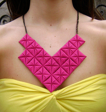 Origami_necklace_01_large_small_ver
