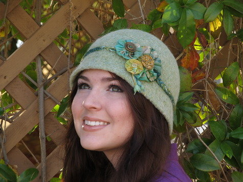 Cloche_hat_modcloth_handmade_contest_oliviapeake__fullscreen