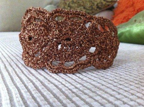Modcloth_handmade_contest_-_crochet_headband_kiraph_fullscreen