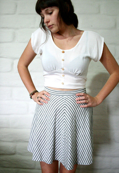 Striped_circle_skirt_and_white_blouse_-_zyanya_walker_fullscreen