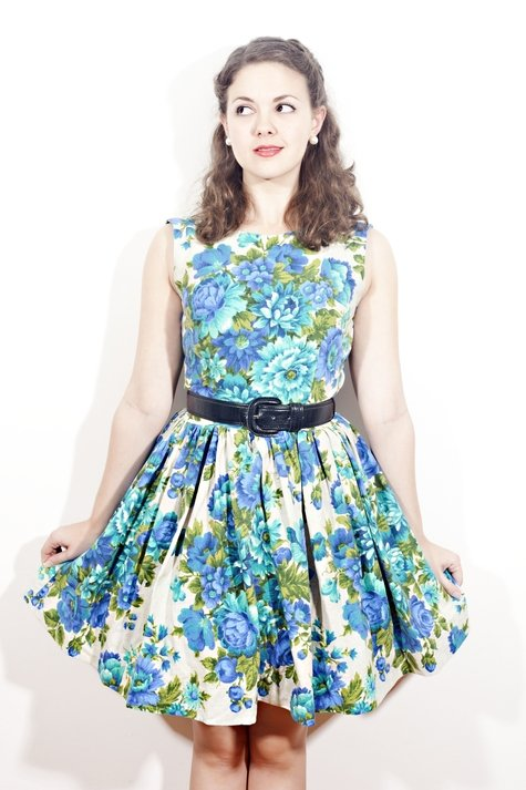 The_blue_rose_frock_-_mollykatherine_fullscreen