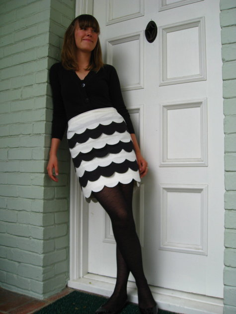 Natty_s_scalloped_skirt_fullscreen