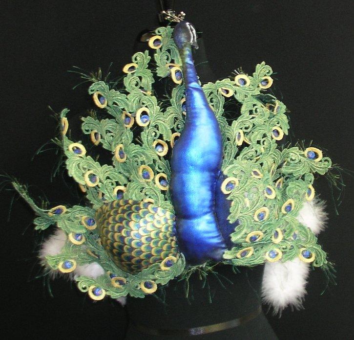 03_proud_as_a_peacock_fullscreen
