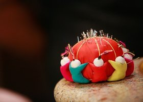 Pin_cushion_show