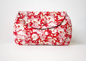 Red_kyoto_blossom_clutch_s1_show