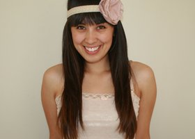 16-rose_pearl_headband_4_show