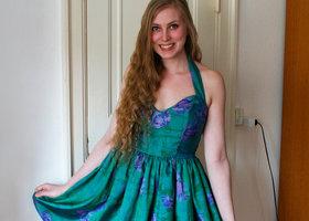 5__henriette_elsine_i_thai-silke_halterneck_kjoleprofilbillede2_show