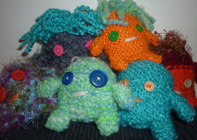 Knitted_monsters_show