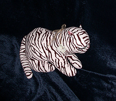 """Tiger Kitty"" - Burda Moden, March 1963 – Sewing Projects"