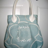 Img_0273_frenchie_handbag_listing