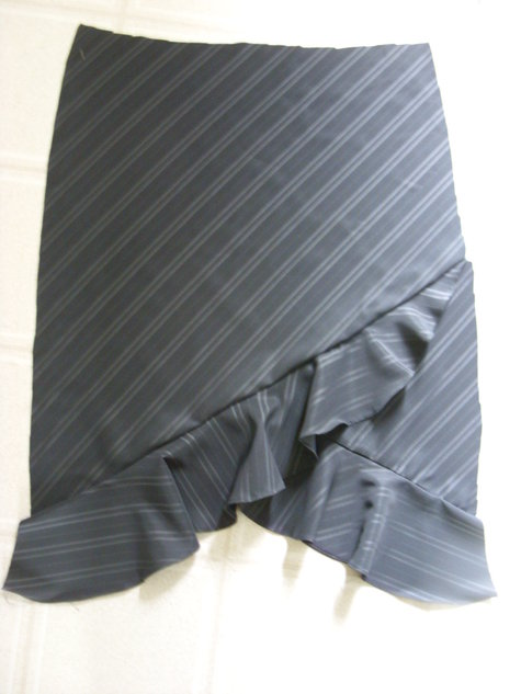 Grayskirt06_large