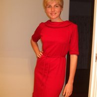 Allisons_sewing_red_dress_listing