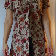 Shortsleevedlongflowershirtfront_listing
