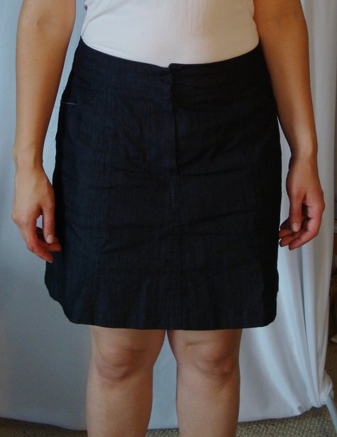 Shortblackskirt_large