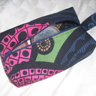 Boxy_make_up_bag_listing