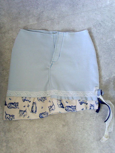 Denimskirtkittenfront_large
