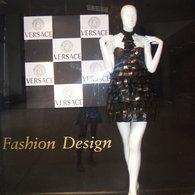 Versace_exhibit_015_listing