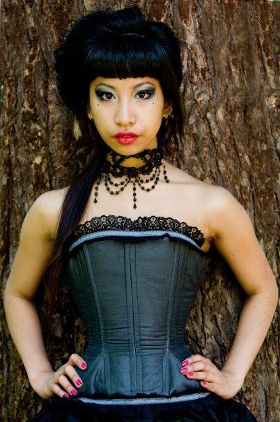 Gray_corset_large