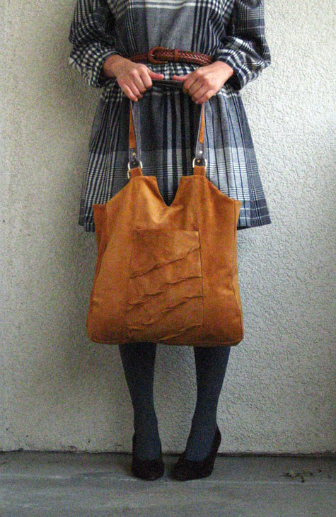 Enid_carryall_front_standing_2_large