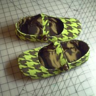 Greenandbrownshoes1_listing
