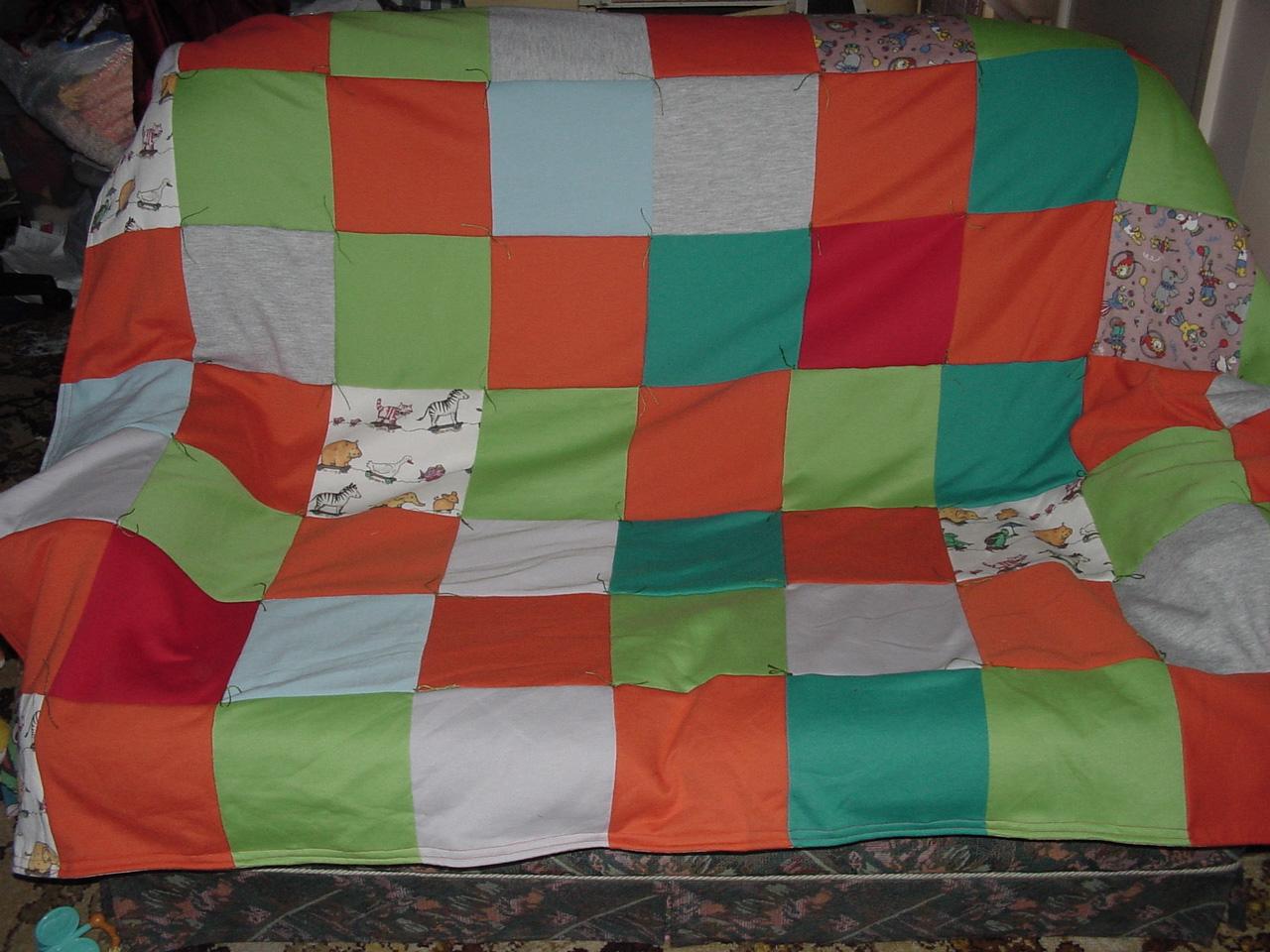 Scrap Fleece Quilt Sewing Projects Burdastyle Com