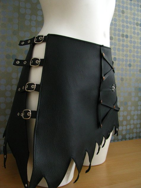 Leather_skirt_05_large