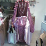 Costume_listing