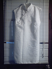 White_tunic_large
