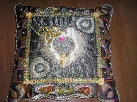 Cushion_roszak_wanda___2008_large