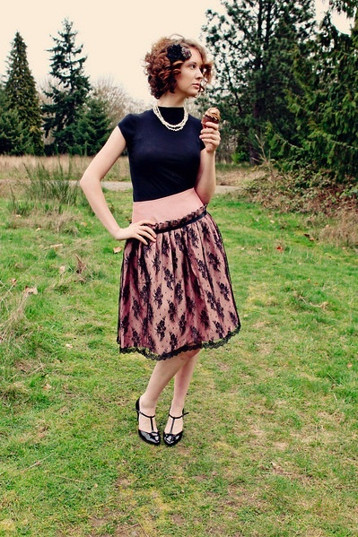 Pink_and_lace_skirt_1_large