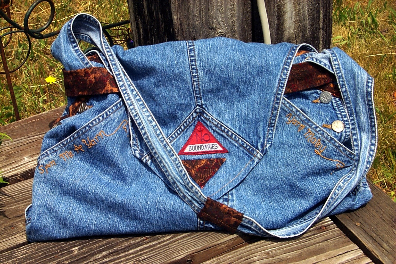 Knitting Project Bags To Sew : Jeans take along knitting project bag sewing projects