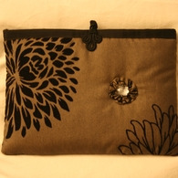 Sophie_s_laptop_pouch_listing