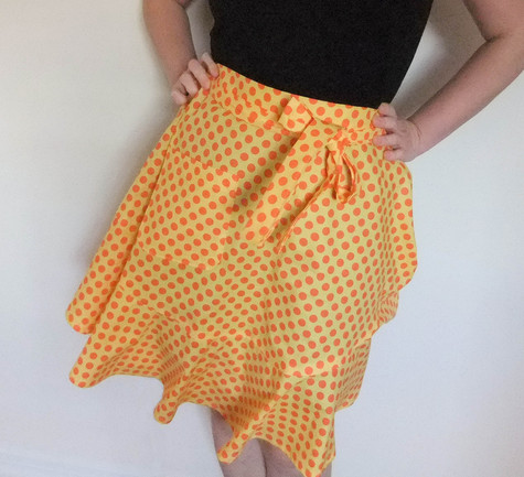 Yellow_polka_dot_half_apron_large