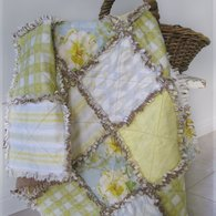Shabby_rose_-_rag_quilt_listing