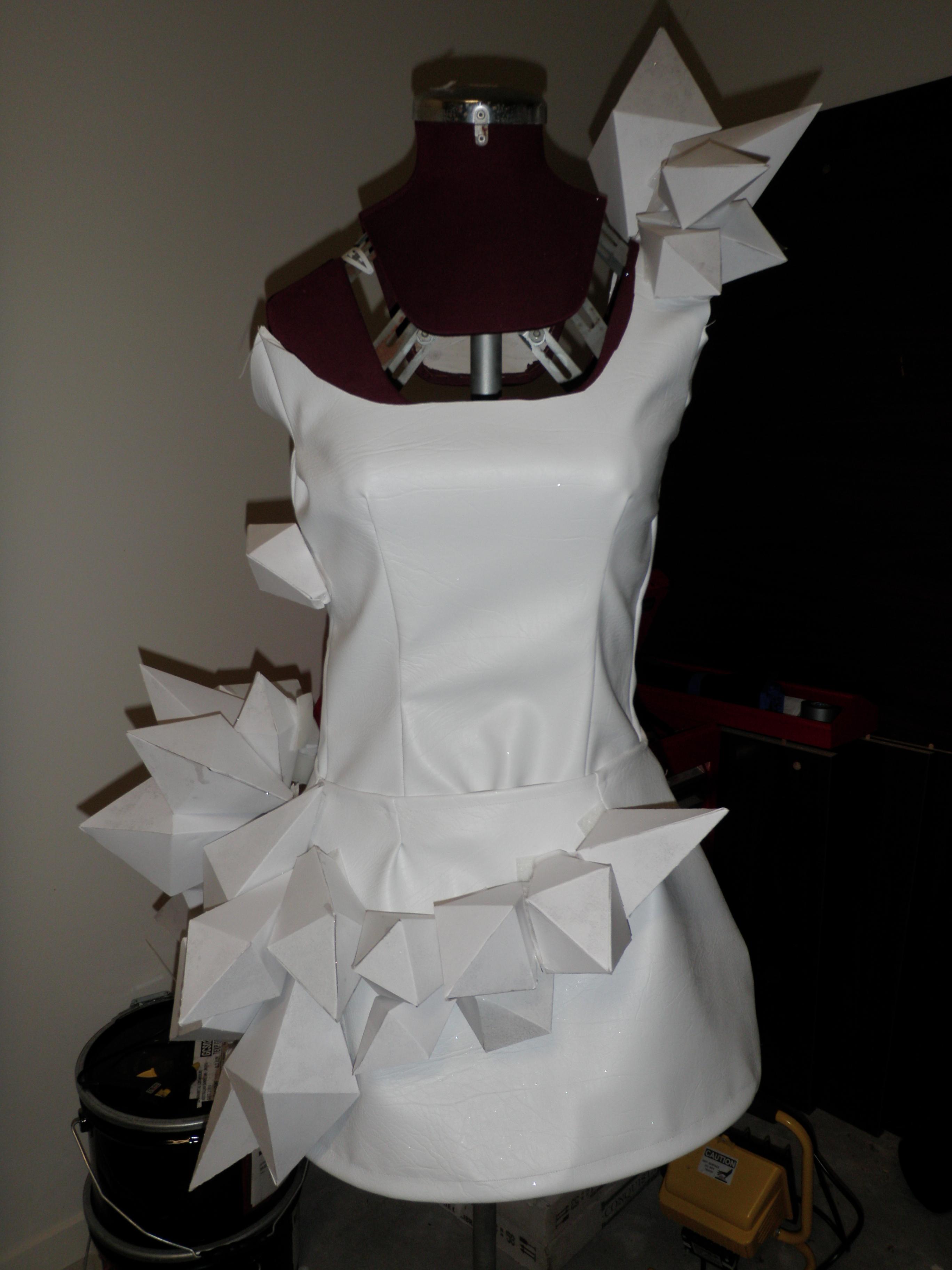 Lady gaga origami dress sewing projects burdastyle jeuxipadfo Choice Image