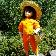 Orange_doll_003_listing