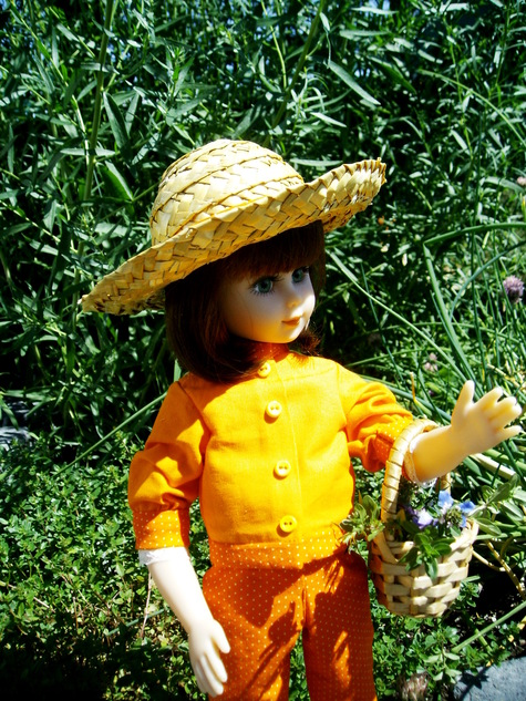 Orange_doll_005_large