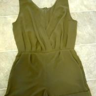Olive_romper_003_listing