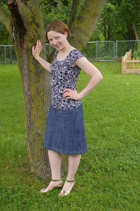 Denim_skirt_large