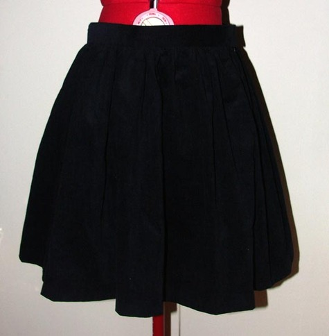 Black_skirt_large