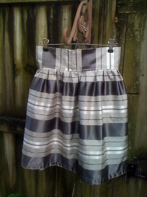 Girly_skirt_-_grey_stripe_5_large